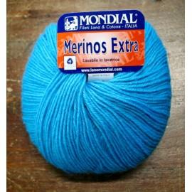 Lana Merinos Extra col. 109 - Azzurro elettrico