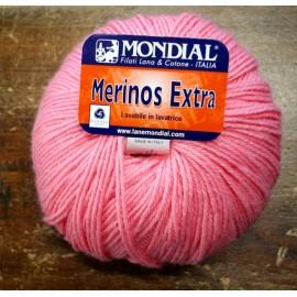 Lana Merinos Extra col. 581 - Rosa Acceso